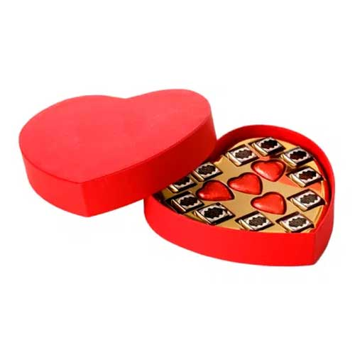 Extraordinary Festive Delight Heart Shape Chocolate Gift Box