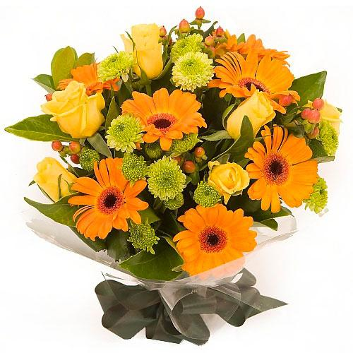 Classic Arrangement of Fresh Flower