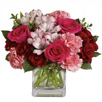 Graceful Flower Bouquet with Vase