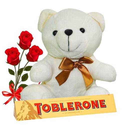 Prepossessing Red Roses, Cute Bear And Toblerone