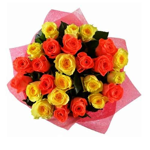 Fresh Embracing Love Mixed Roses Bouquet