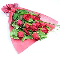 12 Pink Roses Bouquet